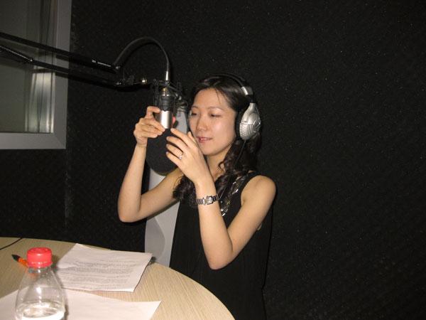 Chinesepod.com's Jenny Zhu interviews Chun in Shanghai